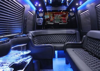 sprinter_limo_interior-3